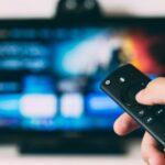 テレビがついたり消えたりする原因は寿命じゃなくてfiretvのリモコン