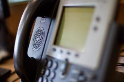 固定電話の番号を変更すると困ることはある?