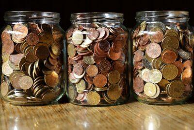 お札を小銭に両替するのは無料?