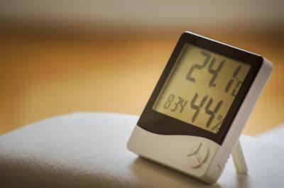 部屋の湿度を計る無料アプリ