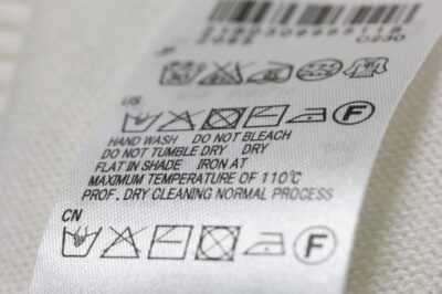 洗濯表示をチェックしよう(酸素系漂白剤不可の場合が)